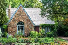 The 10 Most Charming Homes in Dallas - D Magazine Dallas Real Estate, Cottage Style Homes, Slate Roof, House Music, Curb Appeal, Beautiful Homes, Brick, Architecture, Magazine