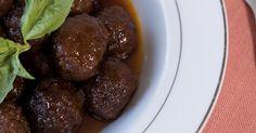 Grape Jelly Chili Meatballs