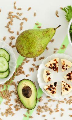 Apple Body, Skinnytaste, Avocado Egg, Atkins, Palak Paneer, Food And Drink, Healthy Eating, Keto, Fruit