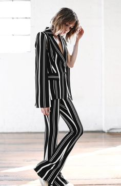 7 Ways To Wear Striped Pants This Spring