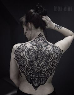 how much does polynesian tattoos cost Back Tattoo Women Full, Full Tattoo, Full Back Tattoos, Body Art Tattoos, Girl Tattoos, Tattoos For Guys, Tattoos For Women, Piercings, Men Flower Tattoo
