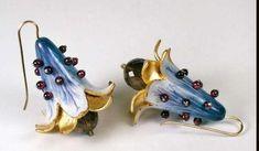 Gilded Paper Jewelry: Papier-Mache