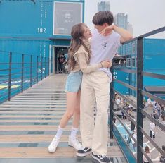 Quando Jin releva sua doce irmã, e seus colegas de trabalho, mais con… # Fanfic # amreading # books # wattpad Ulzzang Korea, Korean Ulzzang, Couple Ulzzang, Ulzzang Girl, Cute Relationship Goals, Cute Relationships, Couple Aesthetic, Aesthetic Clothes, Cute Korean