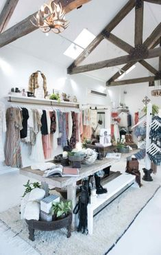 39 Ideas Clothes Design Store Interior Visual Merchandising For 2019 Boutique Design, Design Shop, Boutique Decor, A Boutique, Display Design, Boutique Displays, Display Ideas, Clothing Boutique Interior, Clothing Store Design