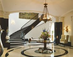 Foyer fabulosity Part II - The Enchanted Home foyer designed by robert stern Foyer Staircase, Entry Foyer, Staircases, Hallway Designs, Railing Design, Staircase Design, Enchanted Home, House Stairs, Architectural Elements