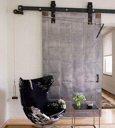 Egg Chair de Jacobsen tapizada en cuero de vaca #chair #design