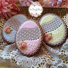 Elegant Cookies, Fancy Cookies, Custom Cookies, Cupcake Cookies, Cupcakes, Flower Cookies, Easter Cookies, Bolacha Cookies, Delicious Cookie Recipes