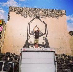 Luca Zamoc with his work in Miami, (LP) Urban Art, Street Art, Miami Florida, Lp, Murals, City Art