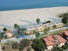 Property for Sale in the Roseto Beach Club Development Calabria Italy - Hopwood House