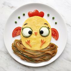 Little chick food art by @darynakossar