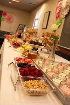 Brunch Bar: Bagel Bar, Waffle Bar, Yogurt Bar, Mimosa Bar