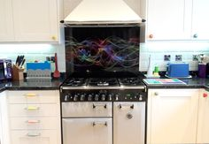 """Another photo sent in from a very happy customer. She wrote """"The splashback looks stunning when the sun shines on it"""" """"Everyone who walks into the kitchen just says 'wow'! Once again thank you for all your help. Glass Splashbacks, Looking Stunning, Color Splash, Walks, Clear Glass, Sun, Happy, Kitchen, Cooking"""