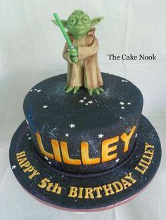 Yoda Cake by Zoe Robinson
