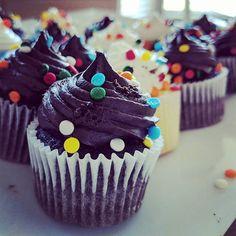 Birthday leftovers are the Best  #birthdaybreakfast #birthdaycakes #cupcakesfordays