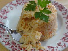 Arroz de Tomate - Portuguese Tomato Flavored Rice: Tia Maria'a Blog http://portuguesediner.com/tiamaria/arroz-de-tomate-tomato-flavored-rice/