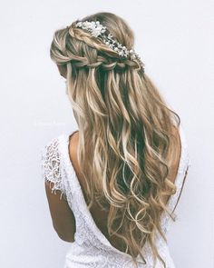 Tendance Coupe & Coiffure Femme Description 24 Favourite Wedding Hairstyles For Long Hair ❤ See more: www. Long Hair Wedding Styles, Wedding Hair Down, Wedding Hair And Makeup, Hair Makeup, Makeup Hairstyle, Hair Styles For Formal, Hair Styles For Prom, Hippie Wedding Hair, Bride Hair Down