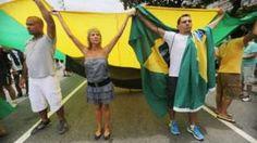 Image copyright                  Getty Images                  Image caption                                      La policía brasileña estimó que 60.000 personas participaron de las marchas en todo el país.                                Decenas de miles de brasileños realizaron protestas callejeras contra una votación que, según ellos, amenaza con socava