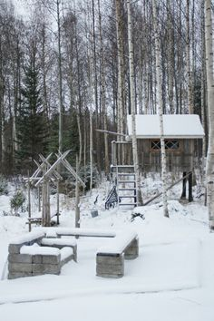 Fancy a Tree house in snow? Tree Houses, In The Tree, To Go, Villa, Fancy, Snow, Outdoor, Outdoors, Treehouse