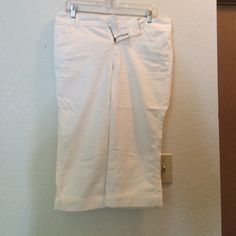 White Maurice's Capris! White Maurice's Capris! Size 7/8. Like new condition with small blemish by left pocket. I accept offers! Maurices Pants Capris