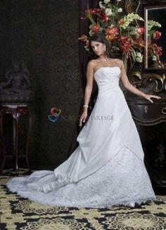A-ligne robe sans bretelle ornée de fleurs d'appliques et de perles en satin robe de mariée