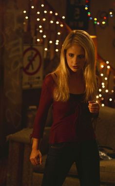 "Buffy the Vampire Slayer ""The Freshman"" S4EP1"