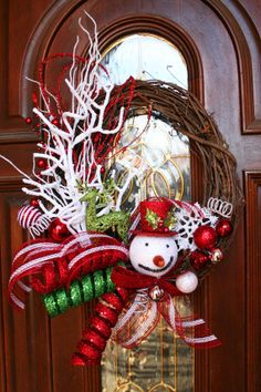 Not big on face of frosty but like color & style   Free Shipping ...Snowman and Reindeer Christmas Grapevine Wreath on Etsy, $60.00