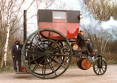 London Coach Engine 1802 I would love to drive this... Look at the cool wheels!