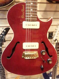 Gibson Blueshawk 1996 red