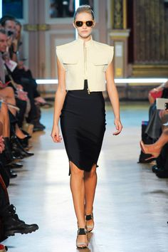 Roland Mouret Spring 2013 RTW Collection - Fashion on TheCut