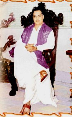 Senior NTR Photo Gallery New Movie Images, New Images Hd, Rare Images, Rare Photos, N T Rama Rao, Telugu Desam Party, Fall Photo Shoot Outfits, Telugu Hero, Hanuman Photos