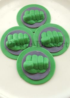 The Incredible HULK Edible SUPERHERO Cupcake Toppers -  Avengers cupcakes -  Fondant cupcake toppers - Comic Book, MOVIE Cupcakes (6 pieces)