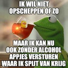Haha Funny, Funny Jokes, Hilarious, Lol, Funny Stuff, Tea Meme, Dutch Quotes, Satire, Sayings