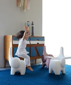 Chair for children Myyour Tino. The idea is to create a children's chair and a toy too: a ducky animal. The elephant that can create empathy, identification by the child to his game. Game Room Chairs, Blue Dining Room Chairs, Modern Dining Chairs, Recycled Plastic Adirondack Chairs, Restoration Hardware Chair, Kids Stool, Dining Chair Slipcovers, Egg Chair, Games For Kids