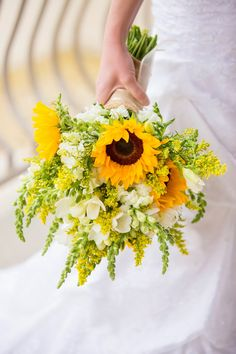 Sunflower bouquet, flowers, wedding.