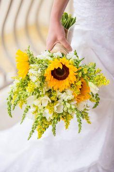 Sunflower bouquet, flowers, wedding.
