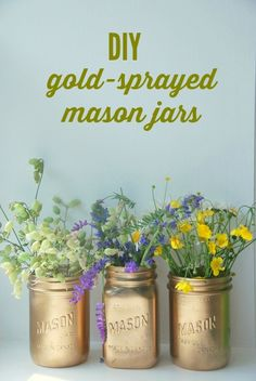 Turn mason jars into gorgeous gold vases with this easy DIY - perfect for wedding and event decor too! // via the sweetest digs