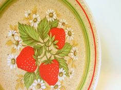 Retro Dishes Melamine Vintage Strawberry Dinner by bythewayside. $12.50, via Etsy.