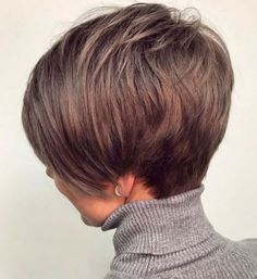 Short Hairstyles Feathered Hairstyle For Short Thin Hair.Short Hairstyles Feathered Hairstyle For Short Thin Hair Thin Hair Cuts, Short Thin Hair, Short Hair With Layers, Short Hair Styles, Short Hair Cuts For Women Over 50, Bobs For Thin Hair, Short Cuts, Haircuts For Fine Hair, Short Bob Haircuts