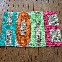 Make a hand painted welcome mat! Great and easy craft project for the dorm or apartment!