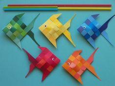 Mobile poisson papier Sea Crafts, Fish Crafts, Diy And Crafts, Arts And Crafts, Paper Crafts, Diy Paper, Projects For Kids, Diy For Kids, Crafts For Kids