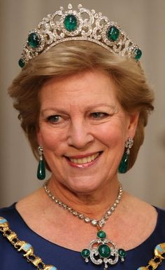 Queen Anne-Marie of Greece wearing Emerald Parure Tiara