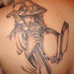 Tatuagem de Magos e Bruxos: Significado e 43 ideias inspiradoras