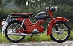 Cars And Motorcycles, Honda, Vehicles, Mopeds, Scooters, Bicycles, Motorbikes, Germany, Old Bikes