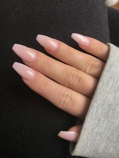 Acrylic Nails 80 Best Stunning ♥ Acrylic Coffin Nails Design with Different Colors for Prom . 80 Best Stunning ♥ Acrylic Coffin Nails Design with Different Colors for Prom - Page 5 ♥ 𝙄𝙛 𝙔𝙤𝙪 𝙇𝙞𝙠𝙚, 𝙅𝙪𝙨𝙩 𝙁𝙤𝙡𝙡𝙤𝙬 𝙐𝙨 MERNUR style ♥ ♥ ♥ ♥ Cute Summer Nails, Cute Nails, Pretty Nails, Nail Summer, Spring Nails, Nails Summer Colors, Pedicure Summer, One Color Nails, Natural Color Nails