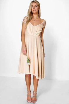 97e42a39df51c 12 Best Bridesmaid dresses images | Bridesmade dresses, Bride maid ...