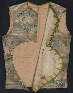 silk sleeveless bodice detail