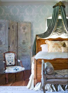 beautiful french little girls rooms | French Country Bedroom Decor and Ideas: Canopies and Other Accessories
