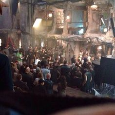 Theo James and Maggie Q on Insurgent movie set-fan photo