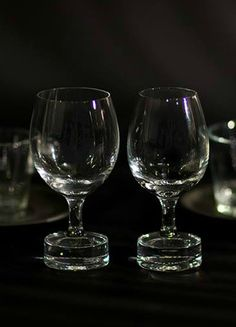 The Reveal Collection boasts two exclusively crafted tasting glasses from Riedel, a 300 year old company of glass artisans based in Austria. Nespresso Usa, Crystal Glassware, Coffee Love, Innovation Design, Wine Glass, Artisan, Dining Room, Concept, Crystals