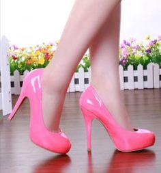 Những mẫu giày cao gót nữ gây bão mùa xuân hè 2015